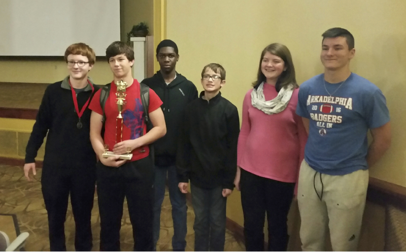 9th Grade Quiz Bowl Team places first at Regionals